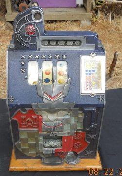 25-cent-castle-front-040