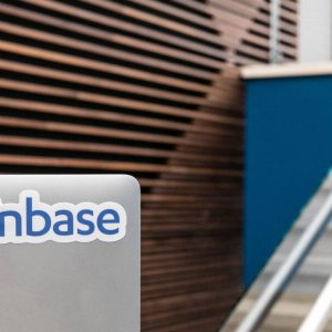 following an impressive performance in q2 coinbase expects lower trading volume and mtus in third quarter