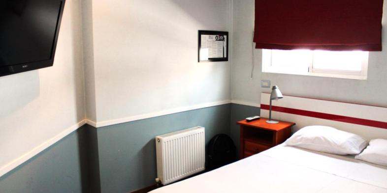 Todos os quartos do Rado Hostel contam com aquecedores e ventiladores