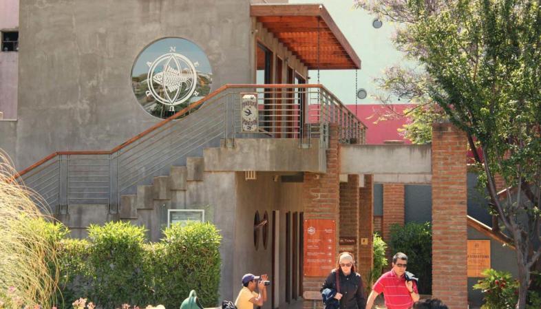 Entrada da La Sebastiana, a casa de Neruda em Valparaíso