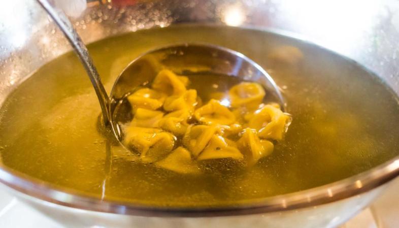 Galeto DiPaolo em São Paulo - Sopa de capeletti
