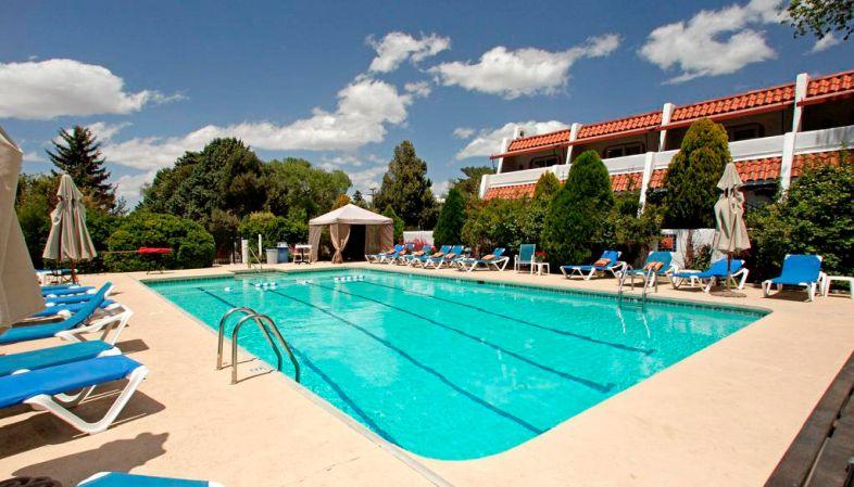 Onde se hospedar na Rota 66-Hotel El Rey Santa Fe