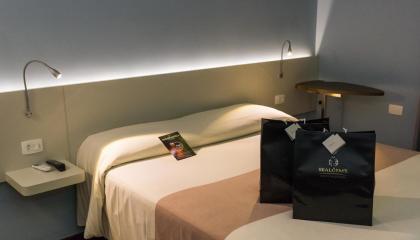 Quarto e cama impecáveis do Ibis Styles Curitiba