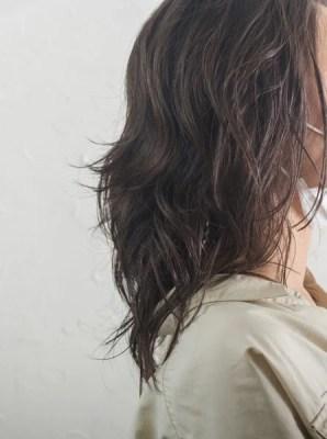 【大阪】夏のスタイルはコテで作るよりもパーマをする方が楽!
