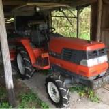 トラクターのキュルキュル音修理。ファンベルトを交換に挑戦!