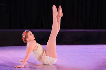 Colac dancer Courtney Barrow, 16, has earned a role in a professional dance show with a leading company.