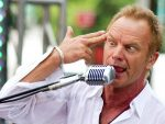 Sting recibe título honorario de la Universidad Brown