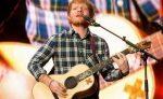 Ed Sheeran critica uso de su música en campaña contra el aborto