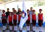 Bandera de B.C.S. presente en las escuelas de Cabo San Lucas.