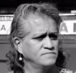 Coral Bonelli, actriz, bailarina y una de las más activas impulsoras del movimiento trans en México