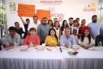 Padres y deportistas que representarán a BCS en el nacional de Acapulco Guerrero agradecen apoyo a la alcaldesa Armida Castro Guzmán