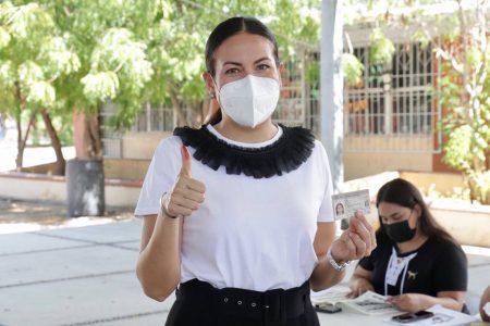 Celebra Milena Quiroga primera consulta popular ciudadana