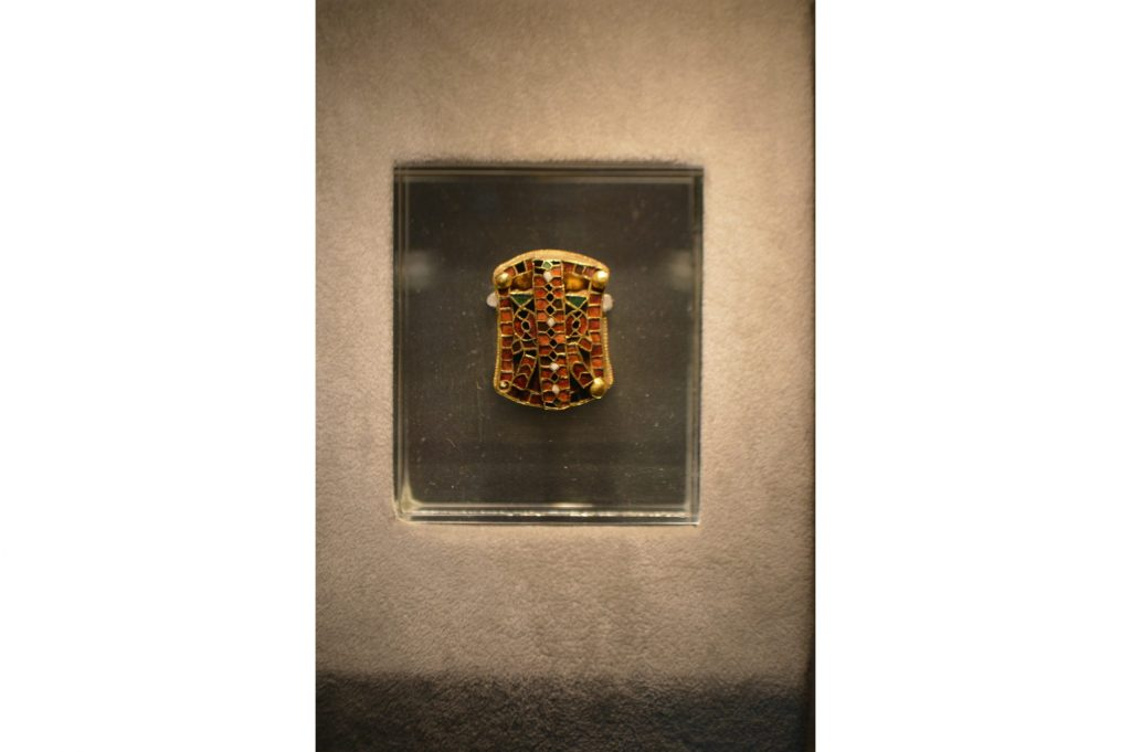 Montura ostrogoda del tesoro de Domagnano