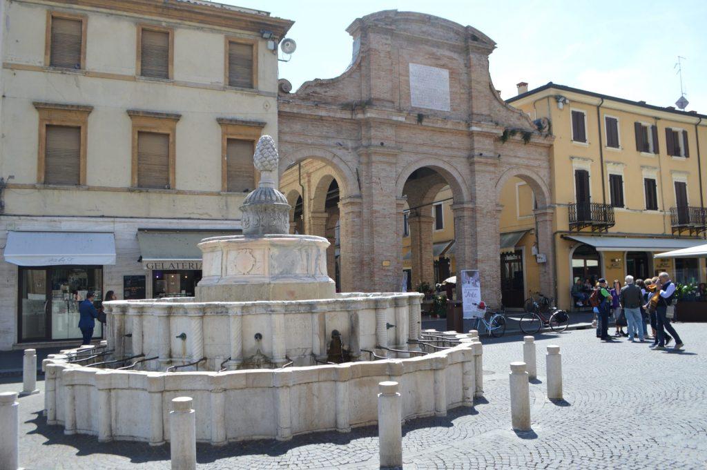 Fuente Della Pigna