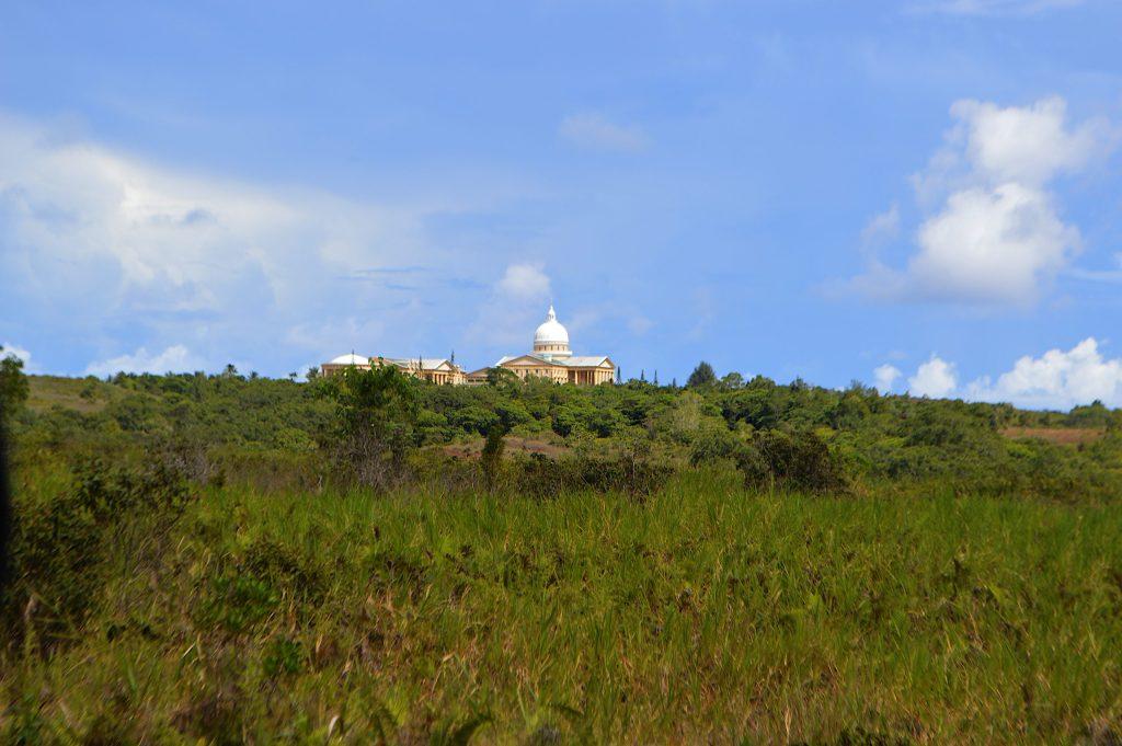 De camino al capitolio en Ngerulmud