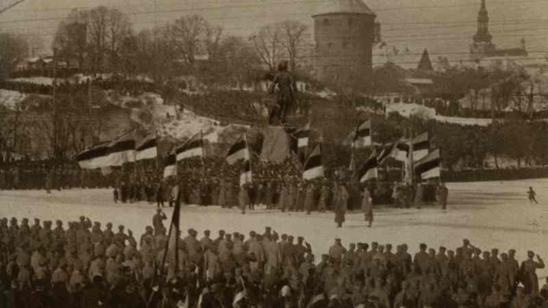Desfile de la Independencia en Tallin, 24 feb 1919