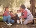 Angeles Carmona y Angeles y Dolores Redondo, Antonio y Ana Pachón
