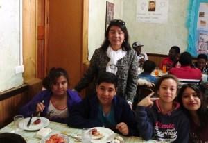 Foto 04 Almuerzo con inmigrantes