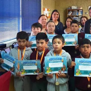Premian  Mejores Rendimientos Año 2019 en  Plataformas  Digitales  de  Matemática