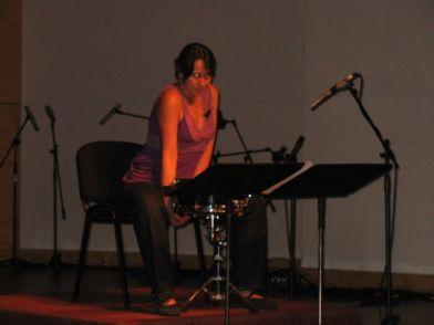 Ensayo de 'Trashi' de Boris Alvarado, soliloquio para mujer con tambor y voz