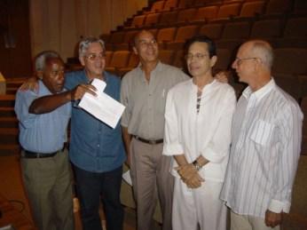 Roberto Valera, Andrés Posada, Guido López Gavilán, Leo Brouwer y Héctor Angulo. Teatro Amadeo Roldán. La Habana 2003