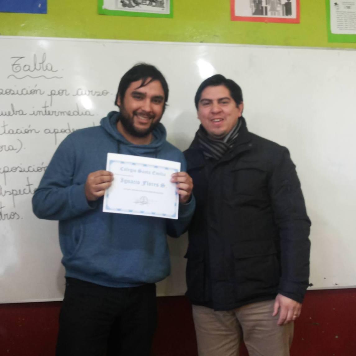 Ambos profesores destacan por su perfil , exigencias y espíritu positivo del trabajo con sus alumnos ......Felicitaciones.....