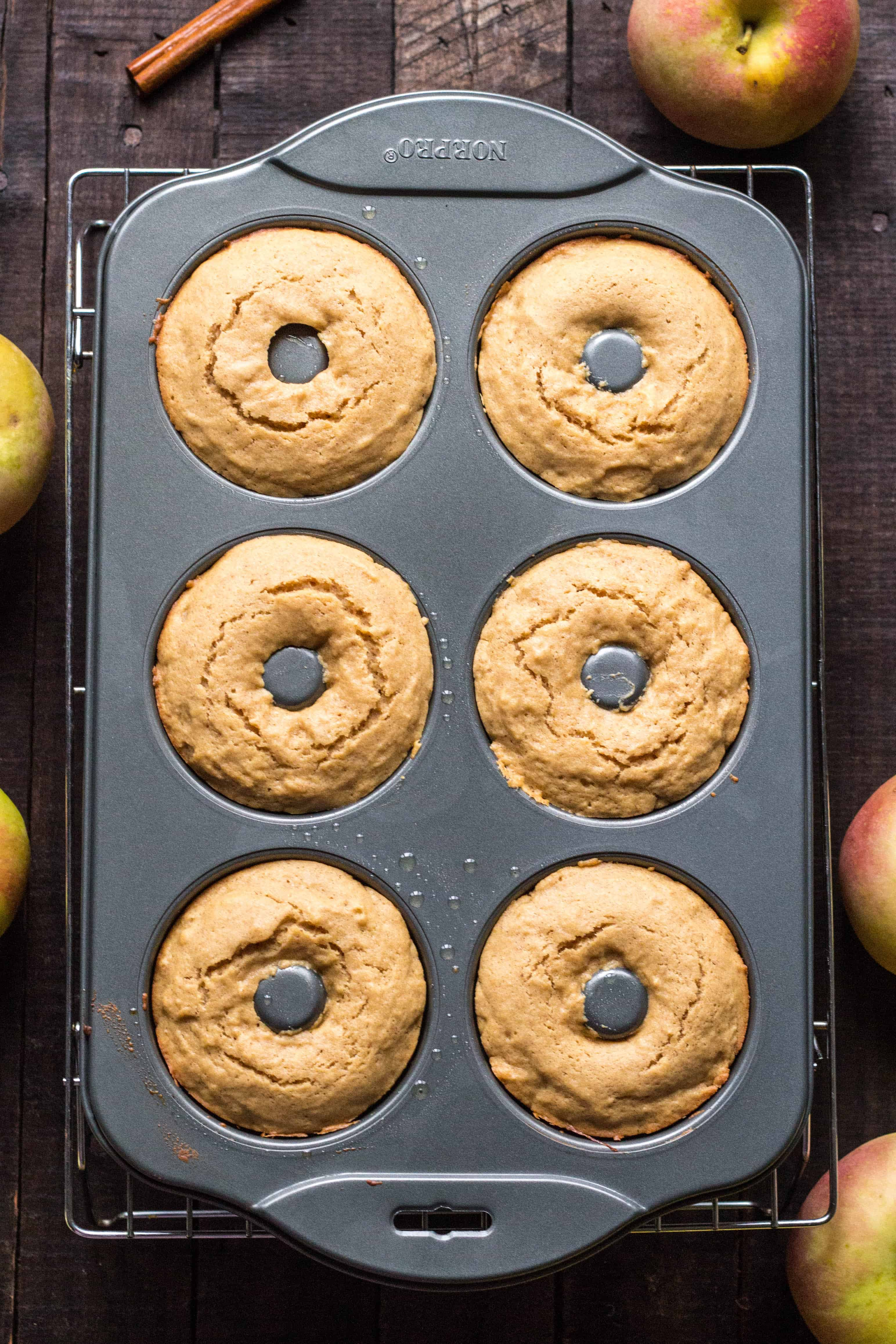 Baked Apple Cider Doughnuts - Quick, Easy + Healthy Recipe! | ColeyCooks.com #fall #recipe #apples #doughnuts