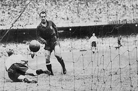 El gol de Zarra a Inglaterra en el Mundial de 1950 pasó a la historia