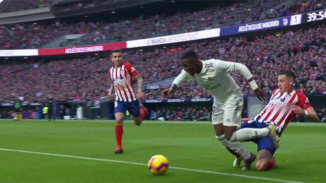 les vols du Real Madrid et de Barcelone