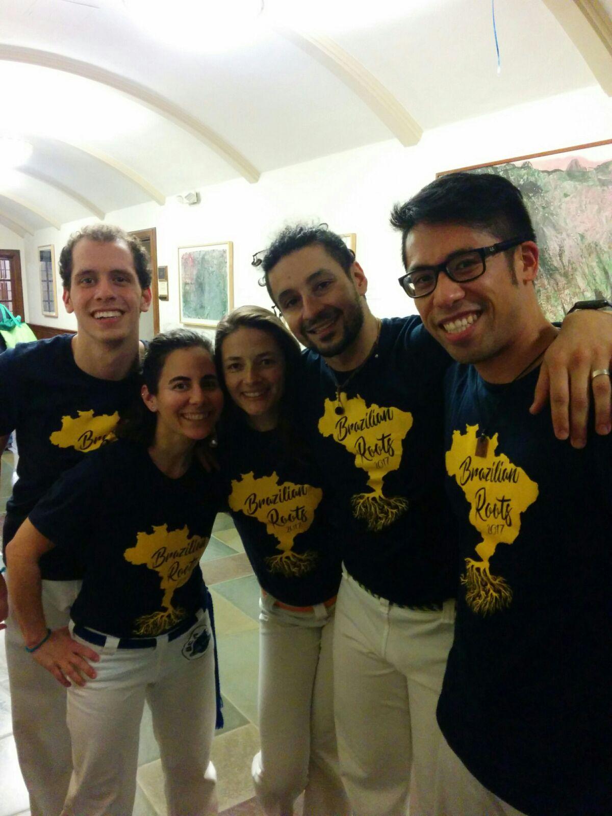 Arrepiado, Fantasma, and our extend family members, Gogó de Ouro and Metralha, with Contra Mestre Lobinho in Michigan