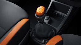 kwid-climber-interior-gear-knob_880x500