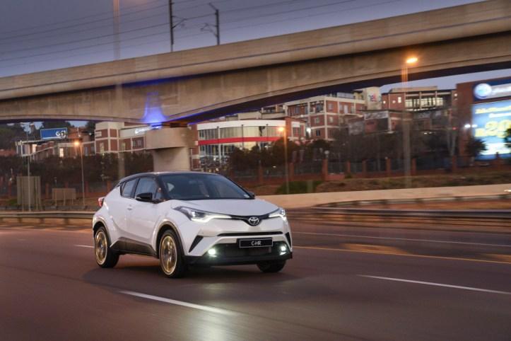 Toyota C-HR_031