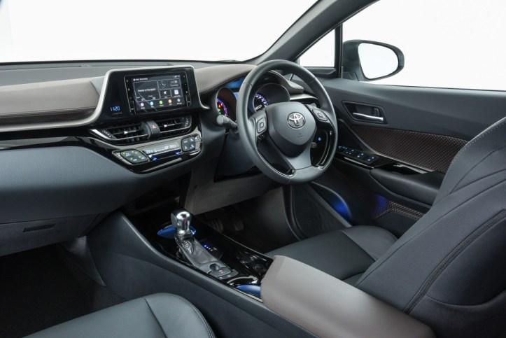 Toyota C-HR_081
