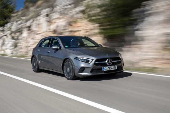 Mercedes-Benz erhält Auszeichnung von Euro NCAP: Die A-Klasse ist Europas Klassenbester bei der Sicherheit  Mercedes-Benz receives award from Euro NCAP: The A-Class is awarded best in class in Europe for its safety
