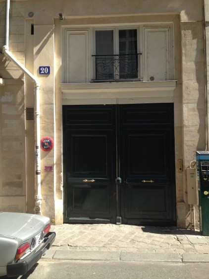 The entrance to Le Corbusier's home through the 1920s in Rue Jacob