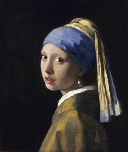 lapis lazuli girl with a pearl earing