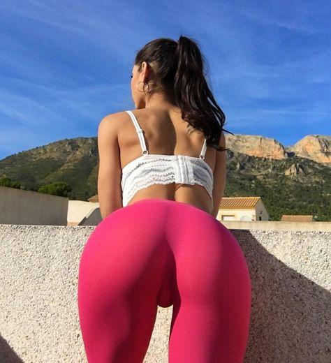 Gostosas usando calça de yoga