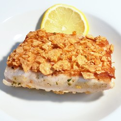 10 Minute Mahi Mahi is a rice cracker, parmesan encrusted fish dish that is the ideal dinner for your busy weeknights.