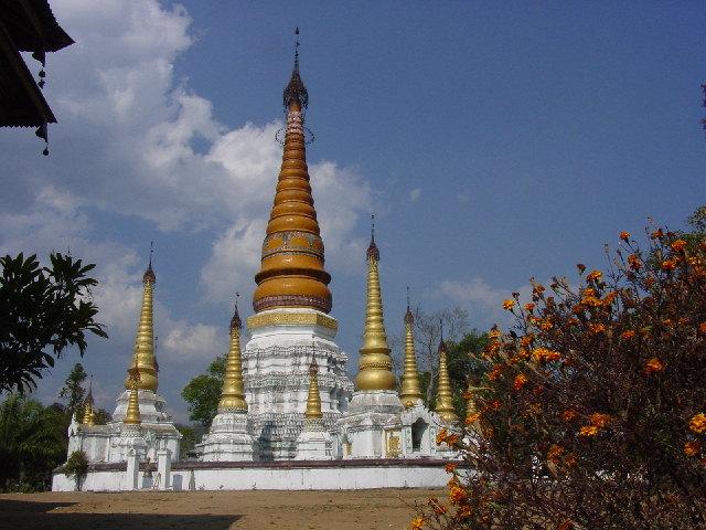 Jiele Golden Pagoda - 姐勒金塔