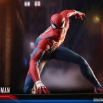 marvel-spider-man-advanced suit-sixth-scale-figure-hot-toys-903735-13