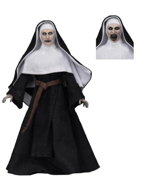 The-Nun-Valak-Figure-by-NECA-1