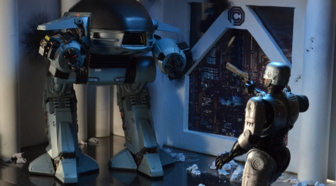 NECA RoboCop – ED-209 Deluxe Boxed Action Figure with Sound is back!!