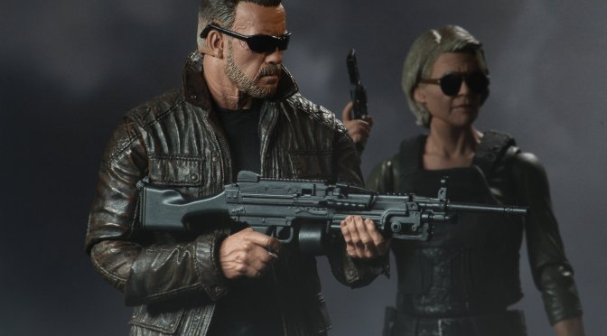 Final packaging photos for the Terminator: Dark Fate Sarah Connor and T-800