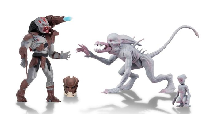 Now available in limited quantities on the NECA eBay & Amazon store 5.5″ Action Figure – Berserker & Neomorph!