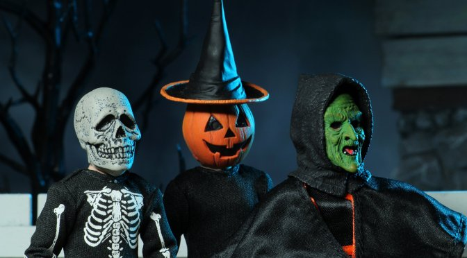 "NECA: Halloween 3: Season of the Witch, 8"" Scale Clothed Action Figure Set is now available"