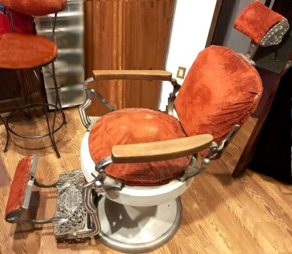 Koken Barber Chair side view 2