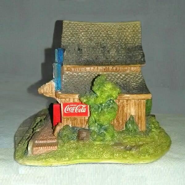 Coca-Cola Lilliput Lane Five & Dime side 2 view