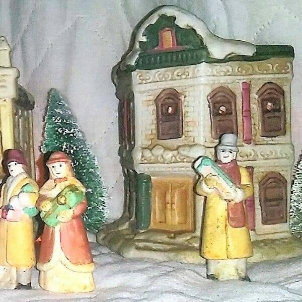 60s Ceramic Holiday Villiage pic 4