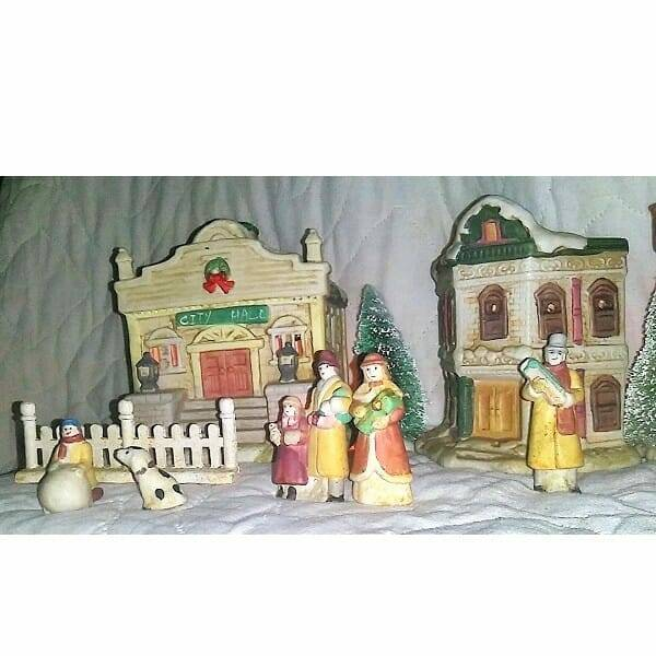 60s Ceramic Holiday Villiage pic 5