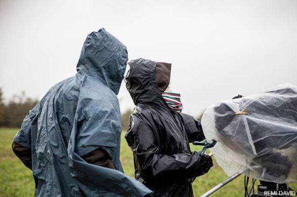 Capuches, crew under the rain, équipe sous la pluie